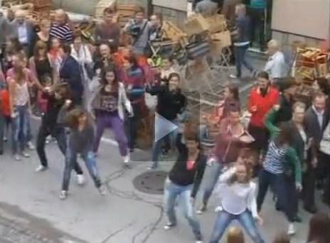 Plesno presenečenje na Ribniškem sejmu 2012