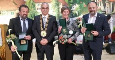 Z leve Janez Mihelič, župan Ivan Benčina, Marija Turk in Maks Lavrič